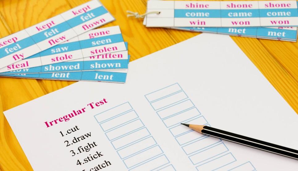 Memahami Perbedaan Regular dan Irregular Verb